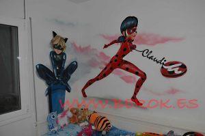 mural infantil ladybug cat noir