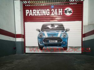 graffiti puerta parking coche