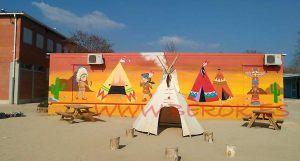 mural indios escuela Igualada