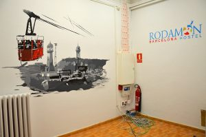 decoracion-mural-hostel-Rodamon