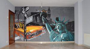 mural-comedor-pintado-sobre-fondo-veneciano-negro.