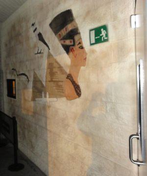 grafitti-entrada-discoteca-imperio