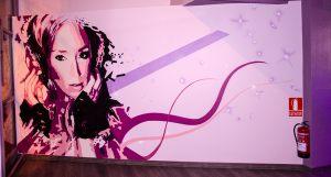 mural-Singles-Bar-Quedem