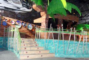 decoracion-mural-del-bora-bora-sabadell-playa-palmeras