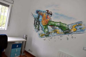 graffiti-snow-board-mural
