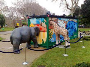 Decoracion-en-el-Zoo-de-Barcelona