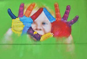 mural-manos-pintadas