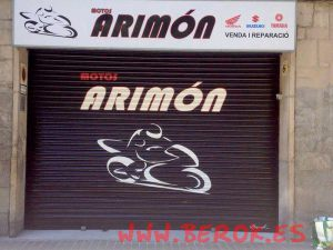 graffiti-persiana-motos-Arimon