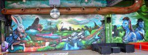 Graffiti-mural-Avatar-en-parque-infantil-Imagine-World-de-Sant-Quirze-del-Valles