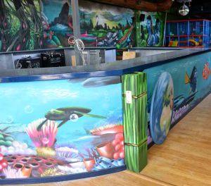 decoracion-mural-infantil-marino-del-parque-infantil-Imagine-World-de-Sant-Quirze-del-Valles