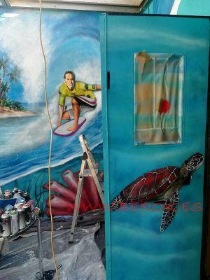 Graffiti tortuga surf Castelldefels