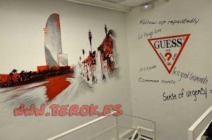 Graffiti Guess Barcelona ciudad