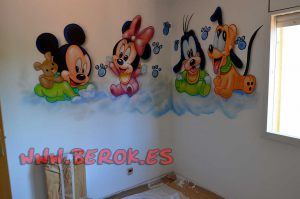 murales-infantiles-mickey-minnie-pluto-goofy-bebes