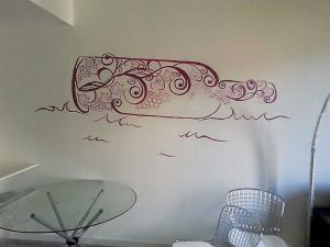 Decoracion-mural-apartamentos-botella
