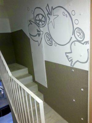 Decoracion-mural-apartamentos-lineas-tomate-cebolla