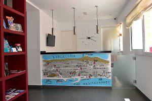 graffiti-mural-dibujo-plano-Barcelona-hostal
