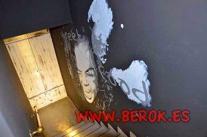 Mural-escalera-enfado
