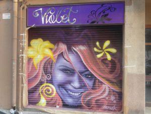 graffiti-en-persiana-de-peluqueria