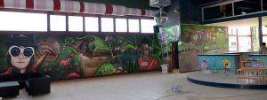 graffiti-mural-parque-infantil-con-vegetacion