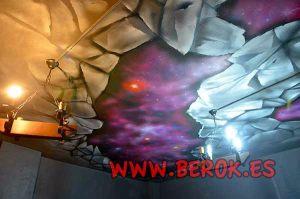 Decoracion-mural-de-Universo-en-techo