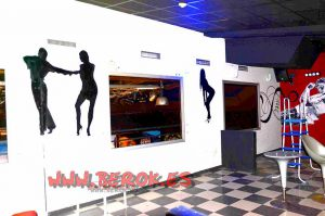 graffiti_siluetas_bailando