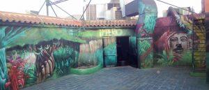 graffiti-entrada-terraza-discoteca