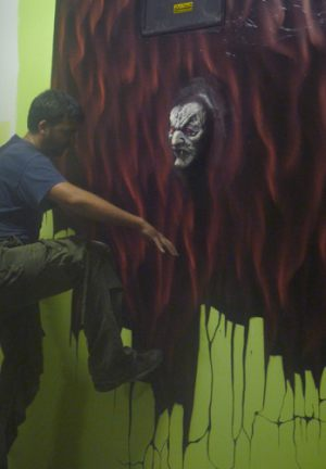 mural-entrando-en-otro-mundo