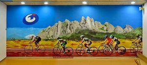 mural-esportiu-claret-spinning-grande