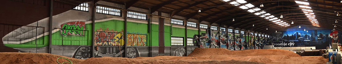 graffiti tren green indoor park