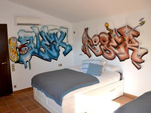 habitacin-juvenil-letras-graffiti