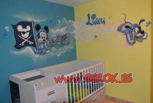 mural-habitacion-infantil-mickey-pirata