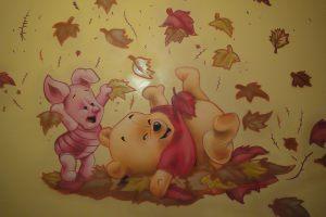 mural-infantil-winnie-the-pooh-hojas
