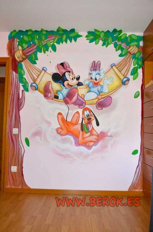 mural-infantil-mickey-daisy-y-pluto
