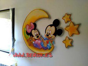 mural_infantil_mickey_minnie_luna