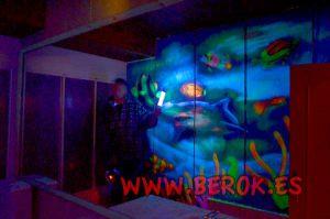 mural-fondo-marino-fluorescente