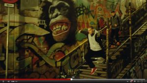 graffiti-adidas-anuncio-moscow