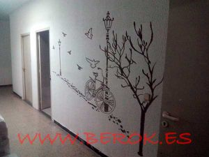 Graffiti-decorativo-pasillo-oficina