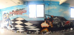 Decoracion-mural-interior-taller-La-Cumbre-Racing