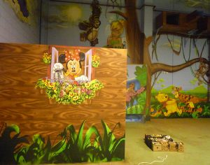 decoracion-mural-minni-mouse-en-parque-infantil-Espai-Magic-en-Sant-Fruitos
