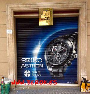 persiana-graffiti-reloj