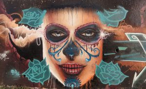 Calavera-mexicana-mujer-graffiti
