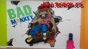 graffiti_tienda_ropa_bad_monkey