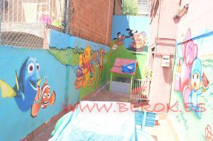 graffiti patio guarderia infantil